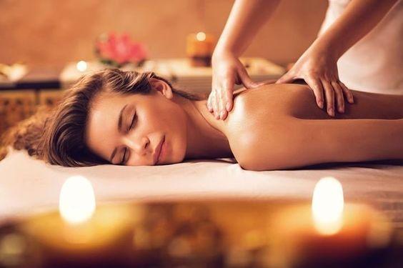 Massagem Relaxante em Mo