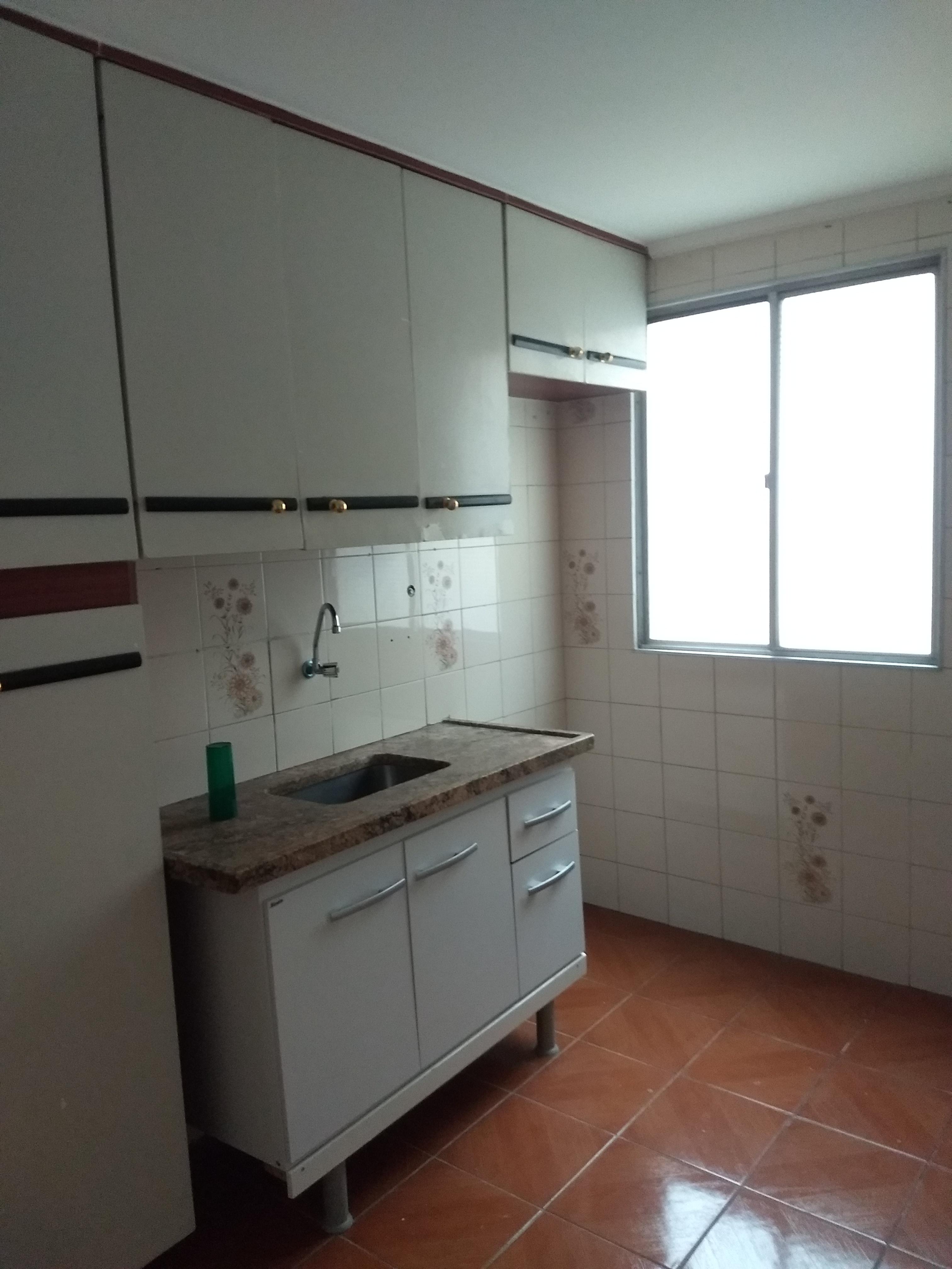 Aluga - se Apartamento 2