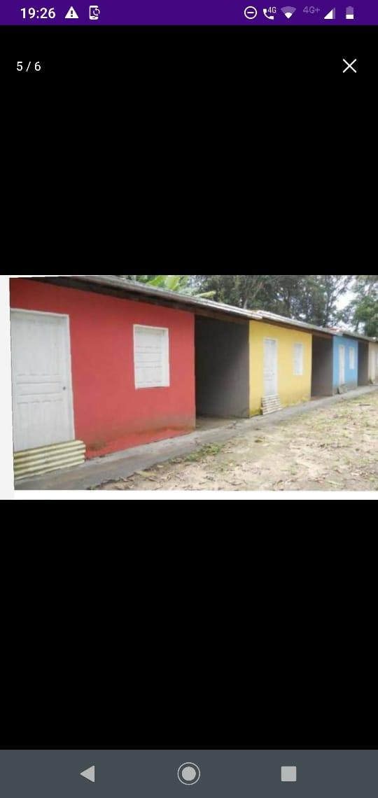 onze casas com garagem  c