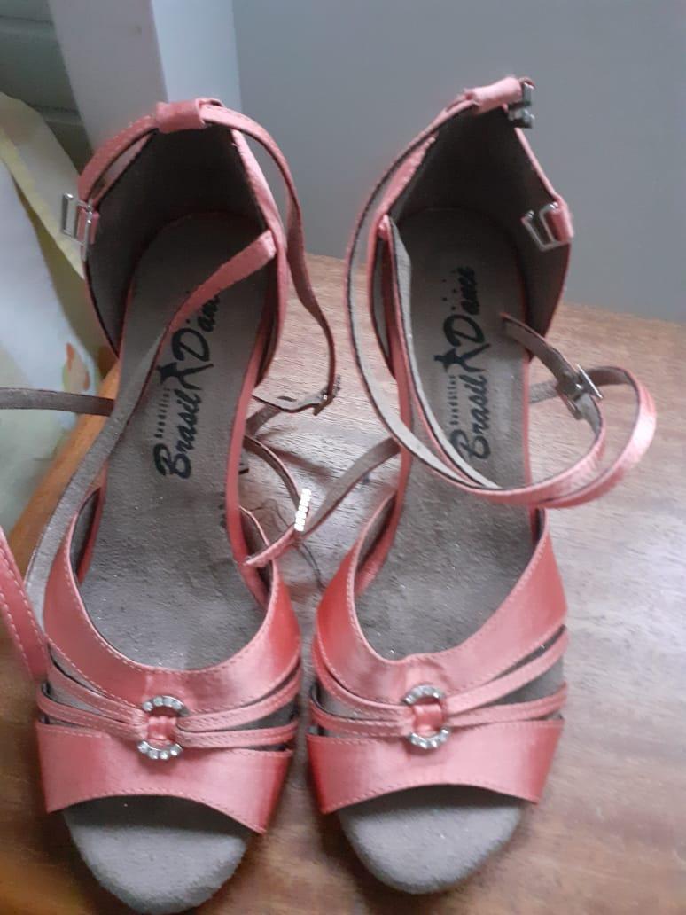 Sandália Coloridas