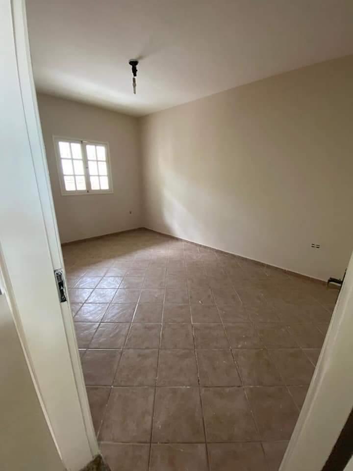 Vende-se esta linda casa