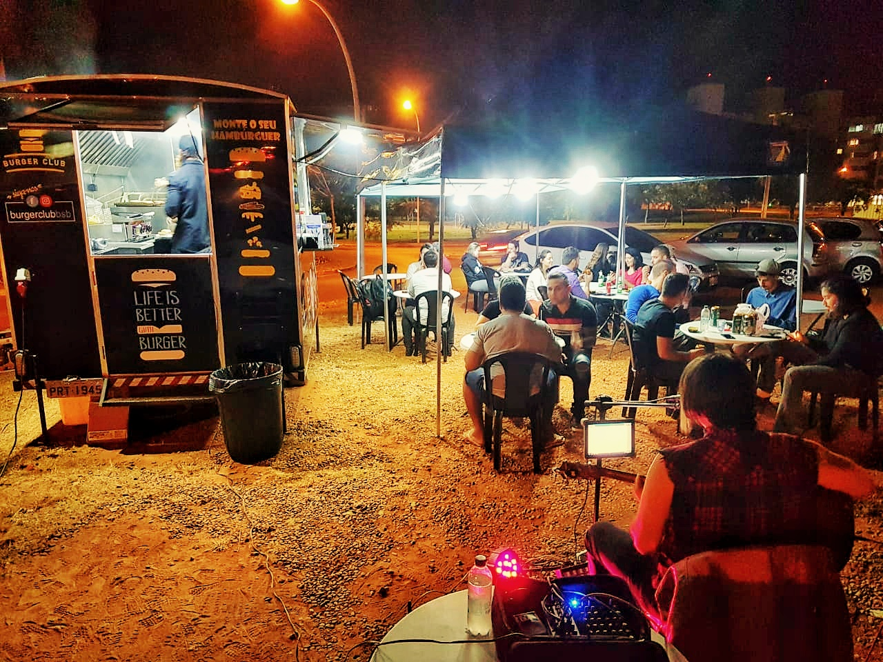 Vende-se Food Truck Hambu